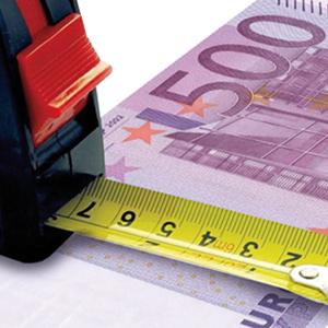 Italia, stipendi in lieve aumento